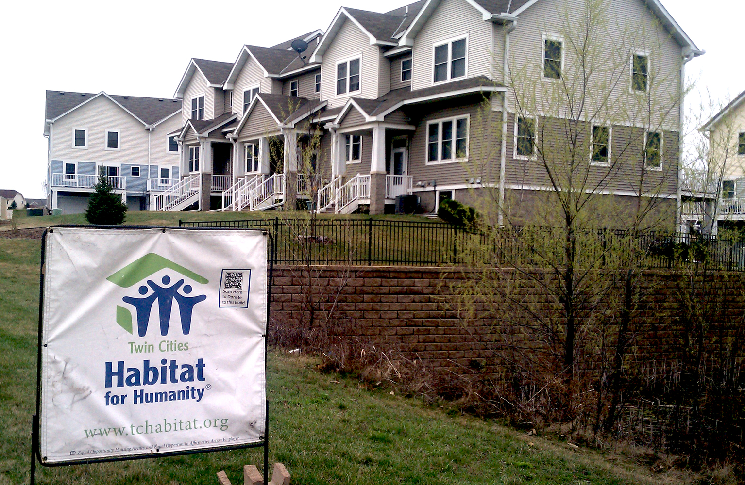 Tc habitat for humanity welcomes its 900th family into a home homesmsp for Construction habitat