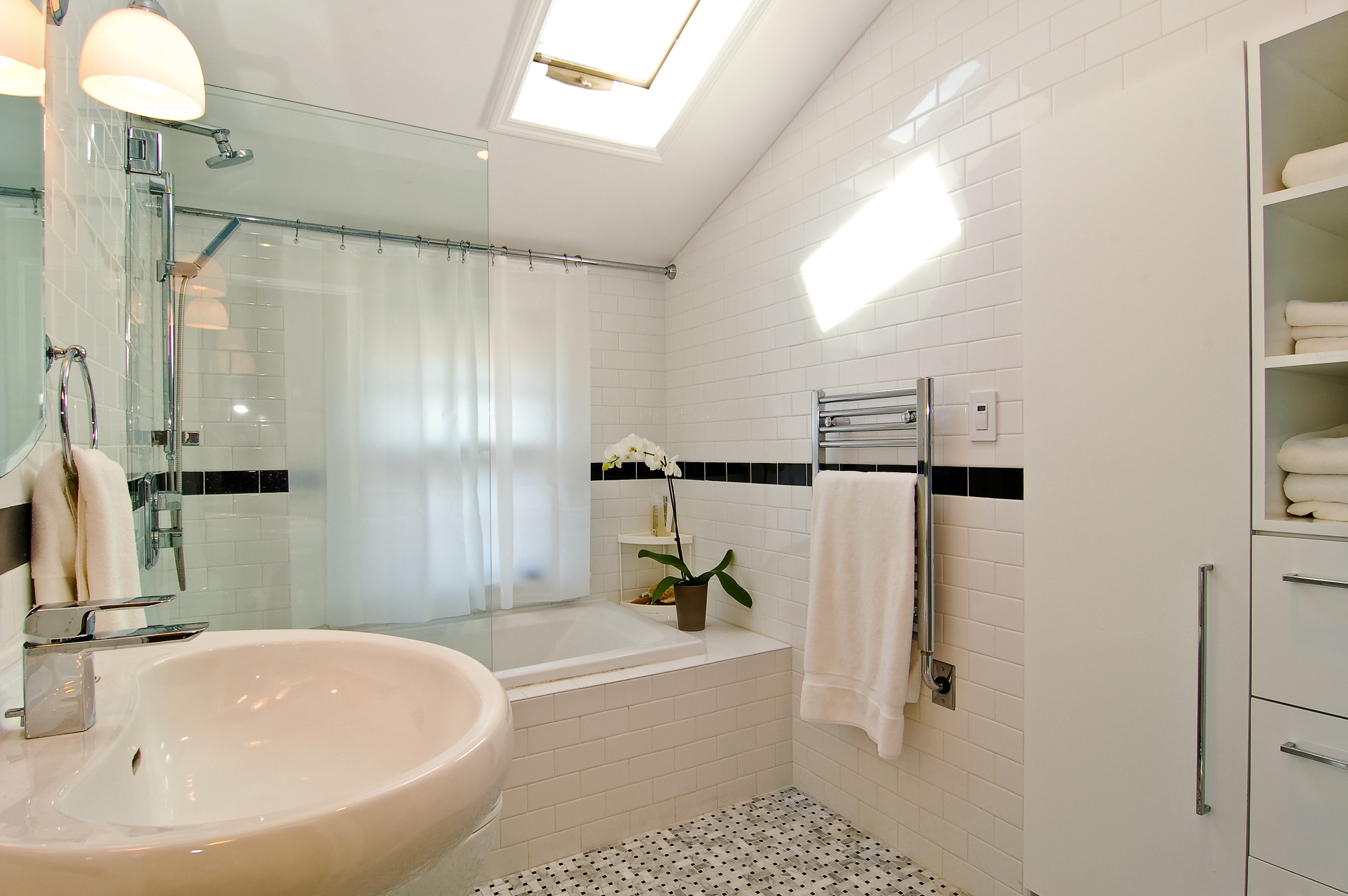10 most popular remodeling jobs homesmsp for Most popular bathroom renovations