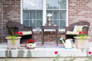 wicker-furniture-on-the-patio-with-a-samovar